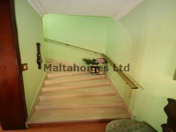 Maisonette 1st Floor in Luqa image 13